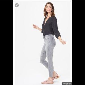 NWT NYDJ Ami Skinny Tahoma Jeans in Petite Size 14